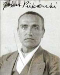 Piekarski, John.